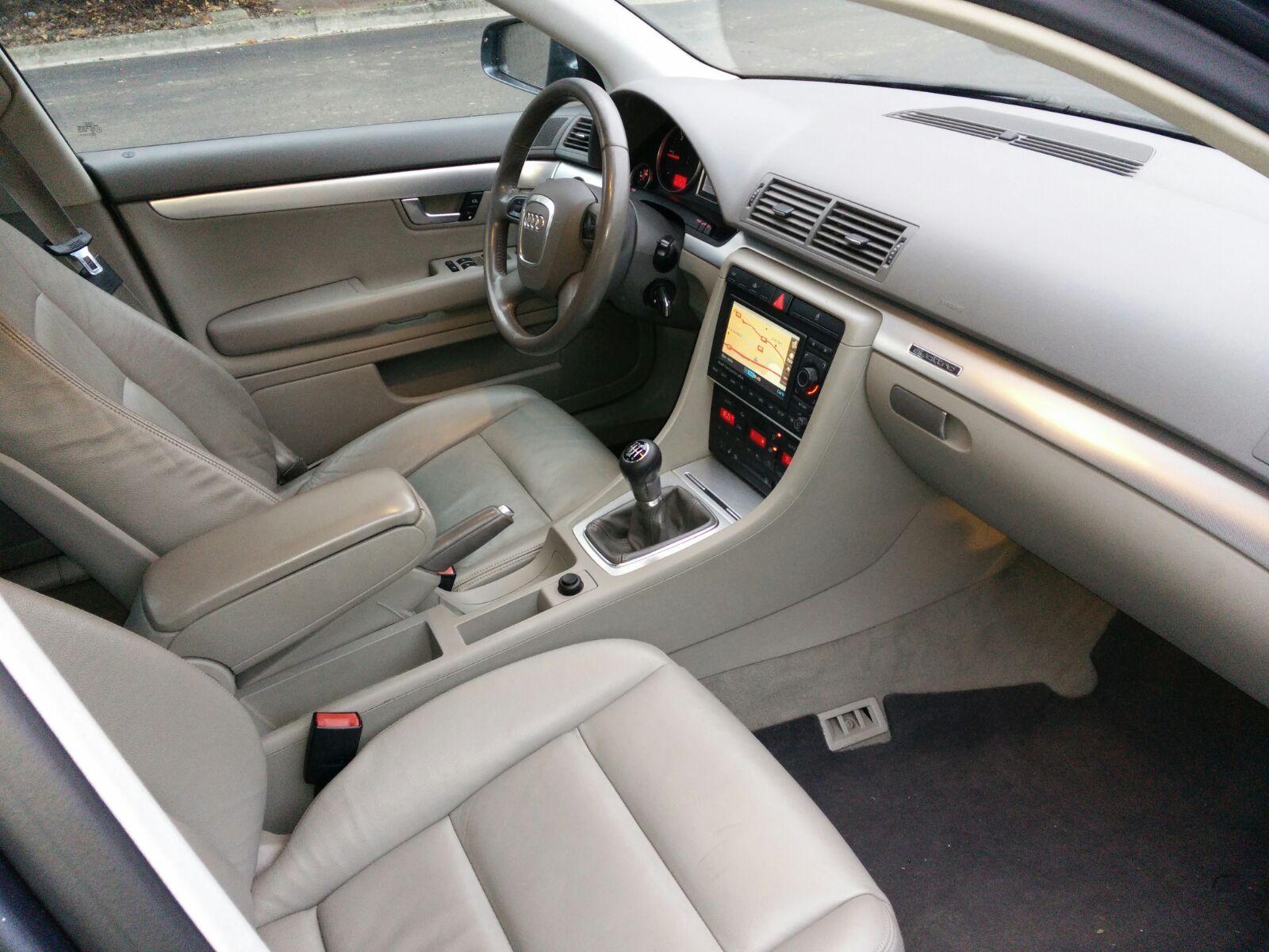 Audi a4 3 0 tdi 204 chevaux m y negoc 39 auto for Interieur a4 2000